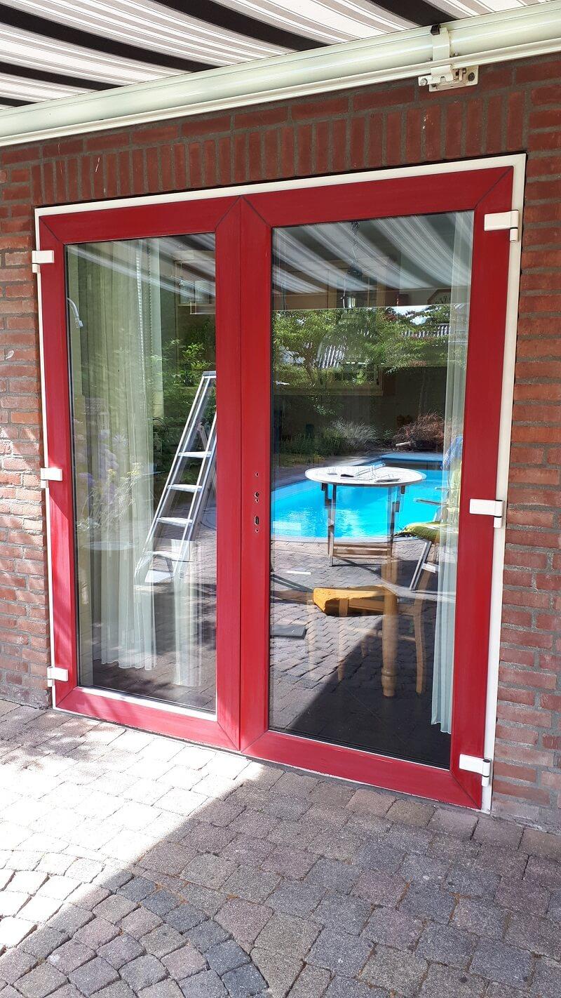 Kunststof deuren voor reparatie aanbrengen antraciete folie we repair