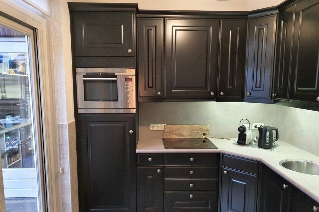 Keuken renovatie spuiten - wrappen zwart - betonlook 6