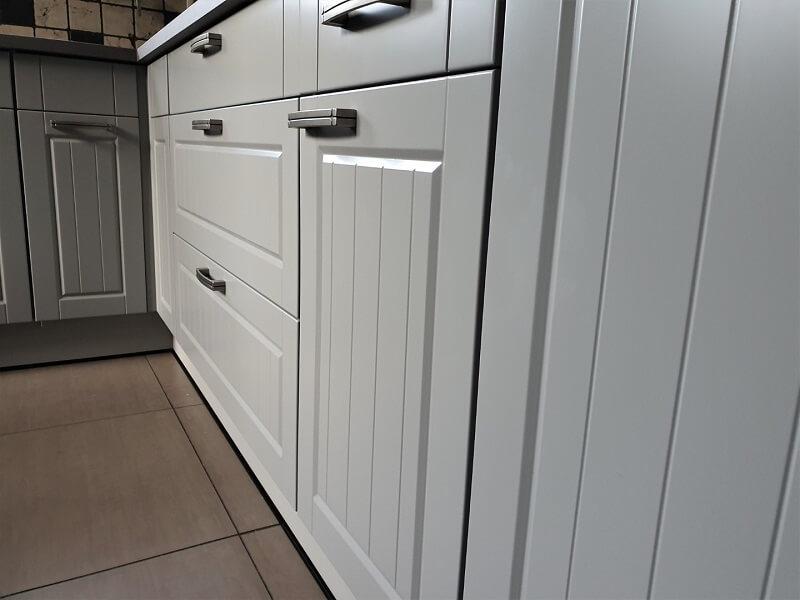 Keuken spuiten & folie, grijs-betonlook 5