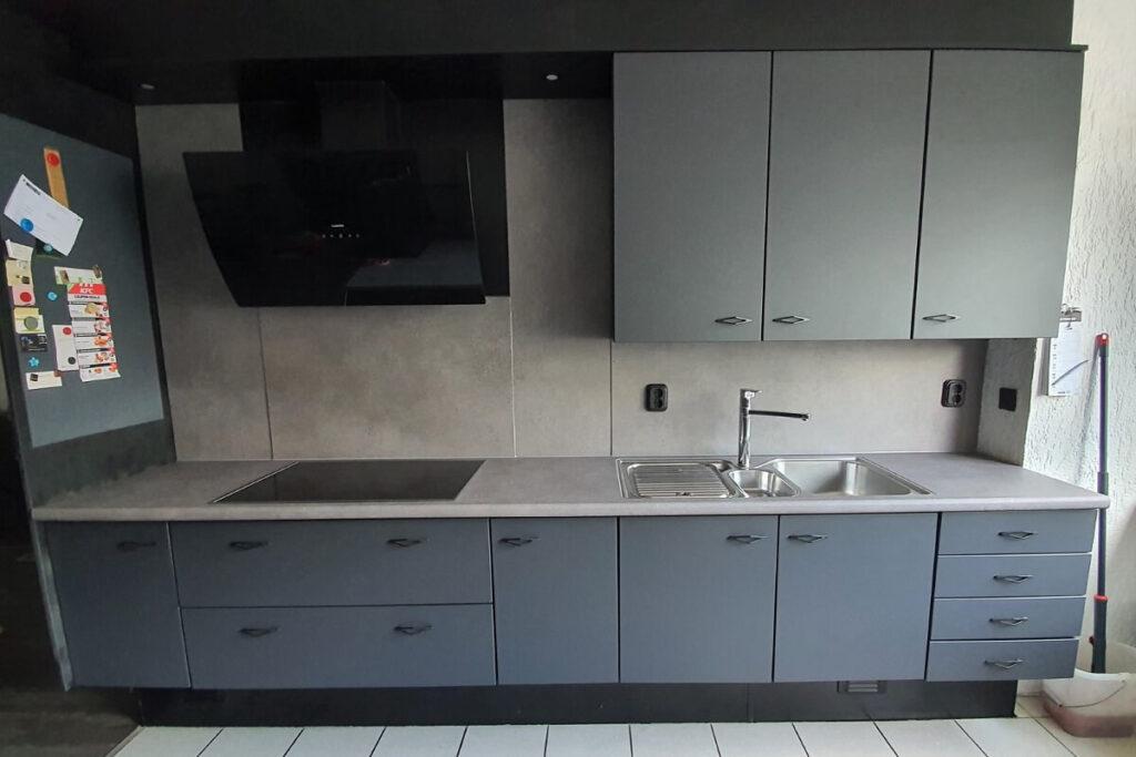 Keukenwrap antraciet - betonlook middel 2