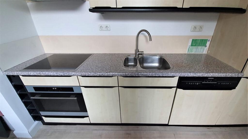 keukenwrap zwart - betonlook licht 5